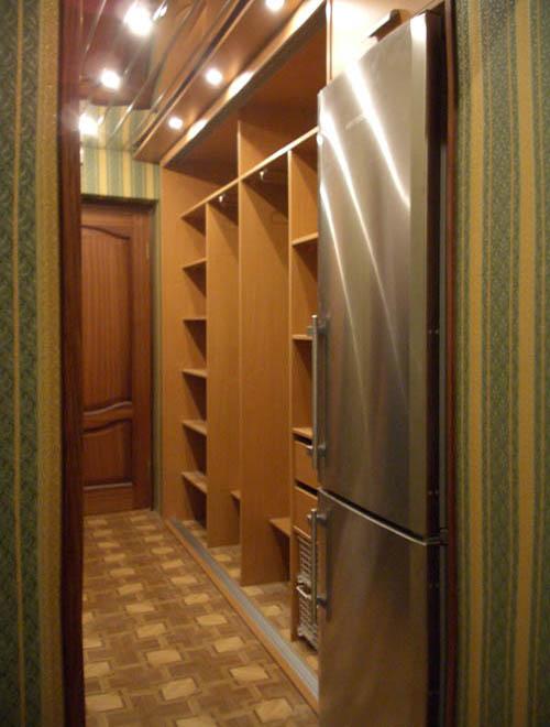 """Прихожая. шкаф-купе со встроенным холодильником галерея """"реа."""